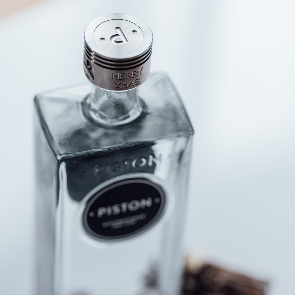 Distinguished London Dry Gin | Personalised Engraving - 29494